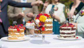 eetbare bloemen bruidstaart