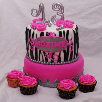 zebrataart met bijpassende cupcakes