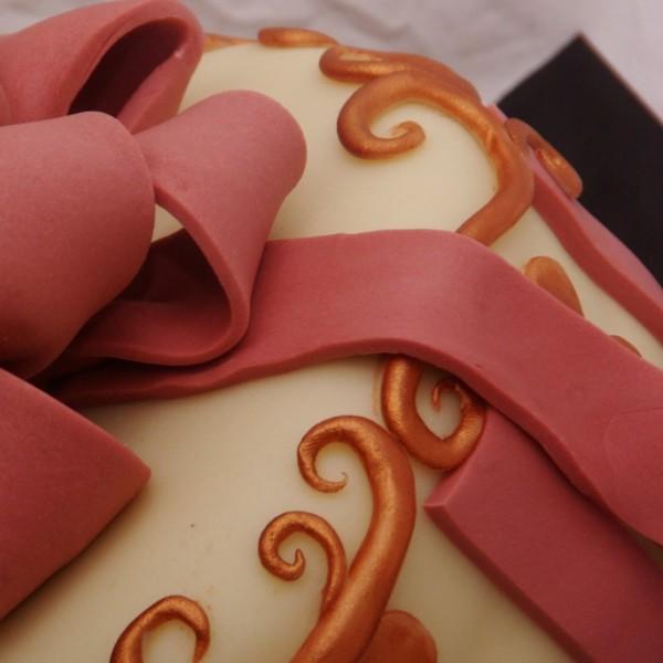 taart met strik