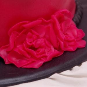 wavy edge taart zwart/roze