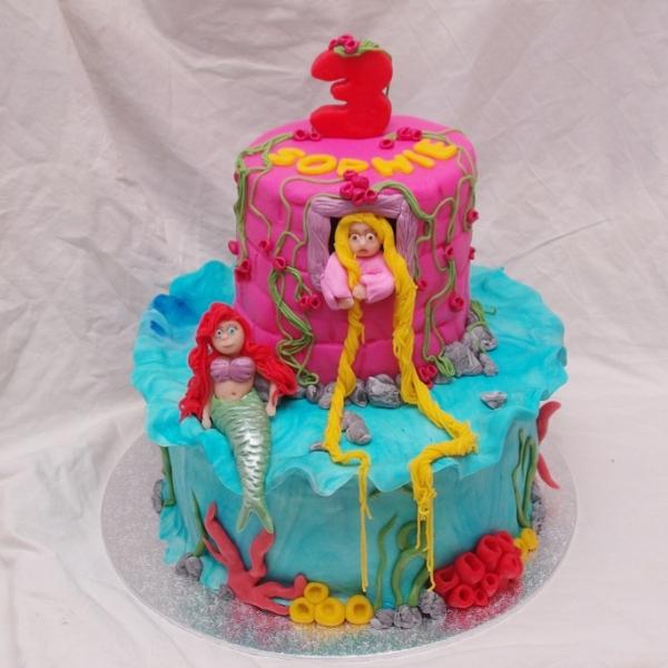 disney prinsessen taart ariel, rapunzel, tinkerbell
