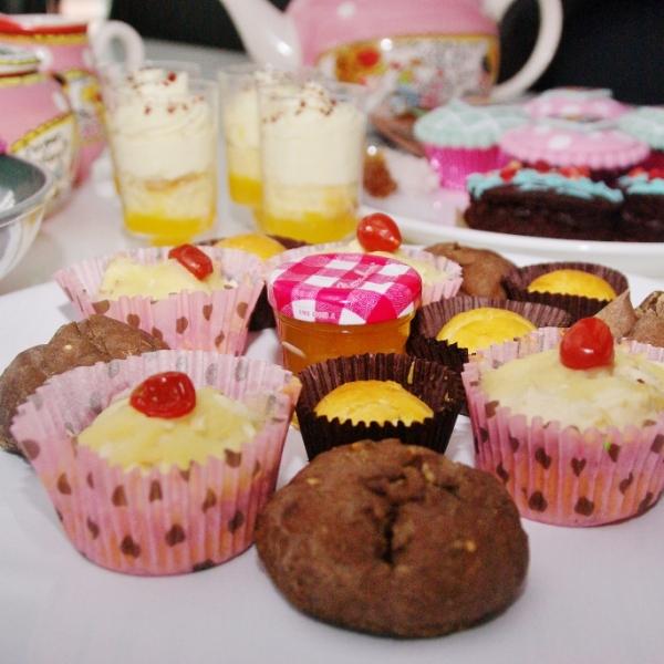 cakepops, spoonies, cupcakes.....