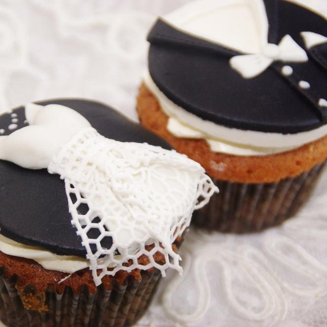 bruidscupcakes bride 'n groom