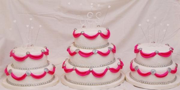 wit/roze/zilver bruidstaart in drie delen