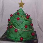 chocolatemudcake taart in de vorm van een kerstboom