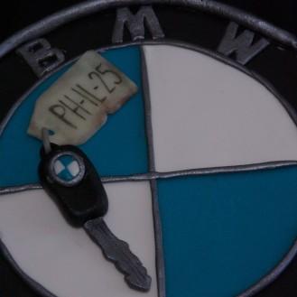 BMWtaart met autosleutel
