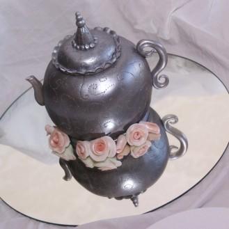 zilver theepotje taart met fondant rozen