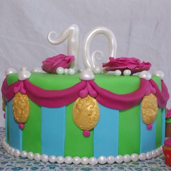 vrolijke groen blauw roze taart