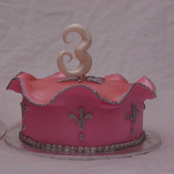 mini / meptaartje / meppertje horend bij roze prinsessentaart bestellen rotterdam nesselande
