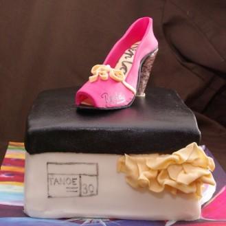replay schoen schoenendoos taart rotterdam nesselande