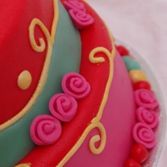 oilily achtige pip studio achtige vrolijke stapel taart
