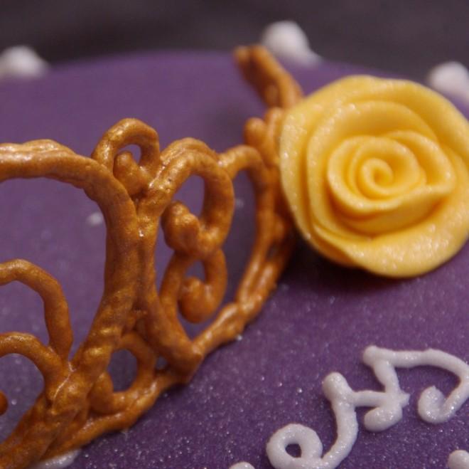 royal icing tiara