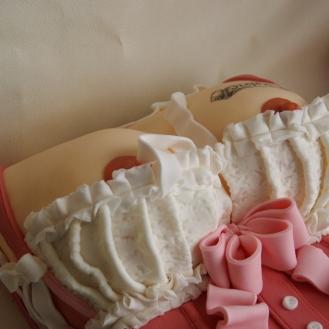 borstentaart boobies 18+ taart