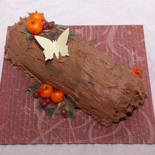 bûche de noël yule log boomstam herfstbuusj eindejaars actie taartenkunst