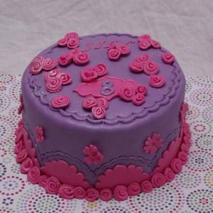 glitter meisjes taart in roze en paars met veel bloemen
