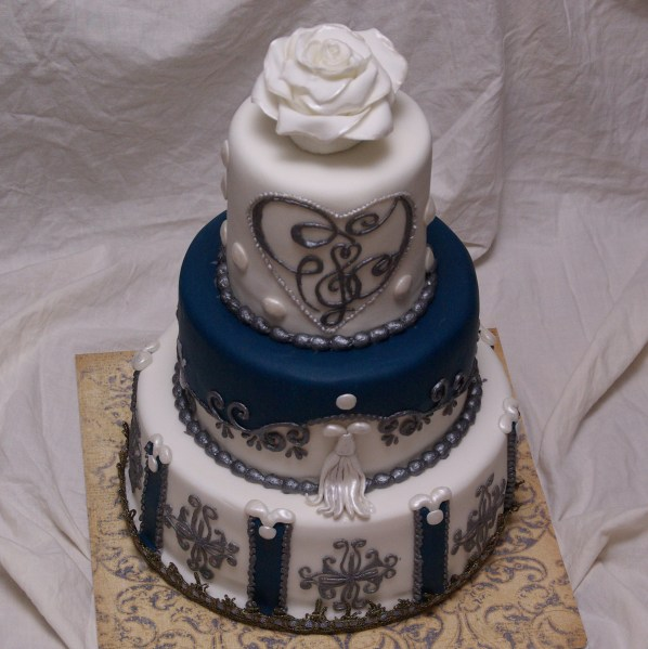 bruidstaart geinspireerd op margaret braun www.margaretbraun.com