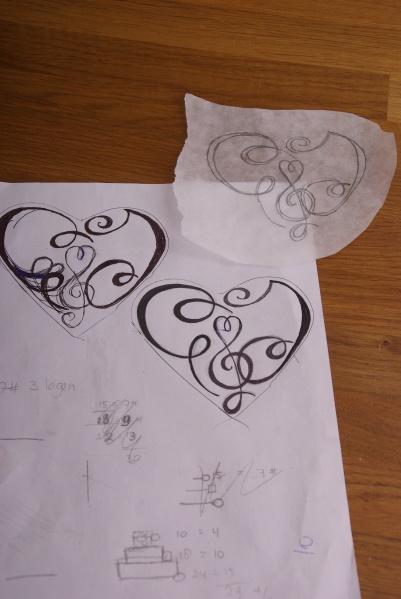 schets initialen voor bruidstaart