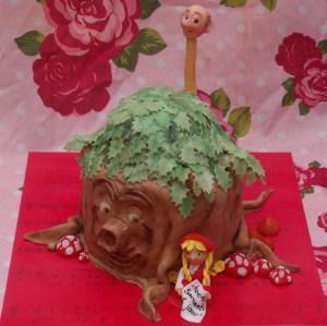 sprookjesboom efteling taart met langnek sprookjesboom en roodkapje