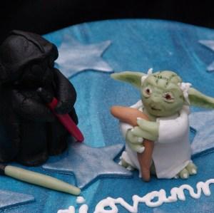 master yoda darth vader van marsepein en fondant op star wars lego taart