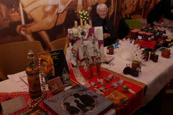 eerste editie kerstmarkt nesselande in de kristal