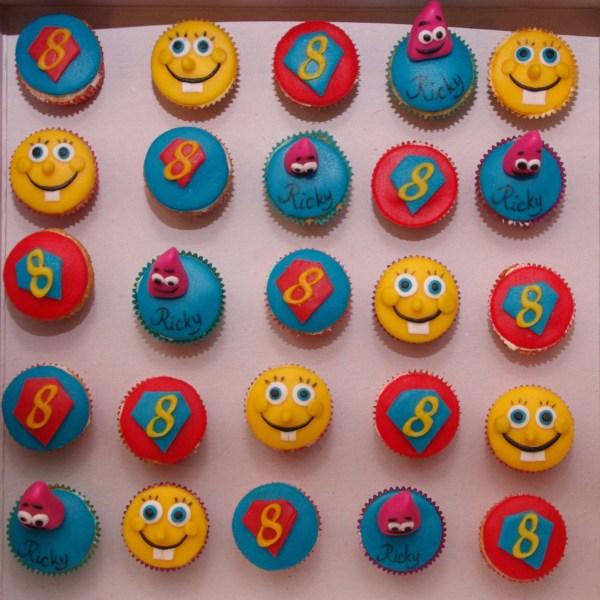 minicupcakes spongebob superman