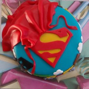 superman taart cake