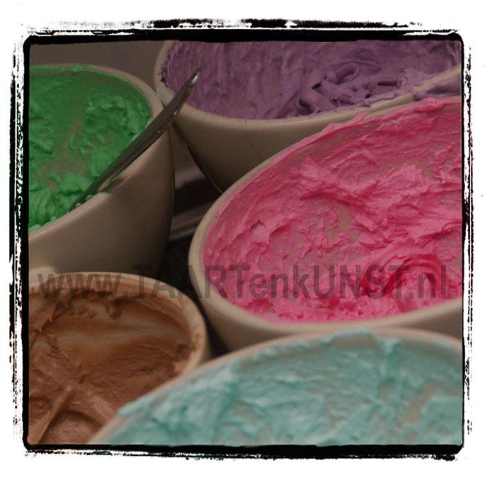 verschillende kleurtjes swiss merengue botercreme