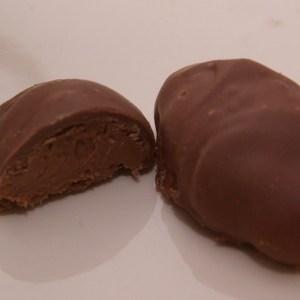 melkchocoladebonbon melk chocolade ganache met kruidnagel en kaneel