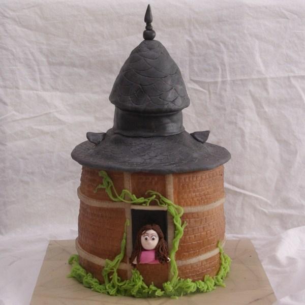 het huis anubis taart (toren)