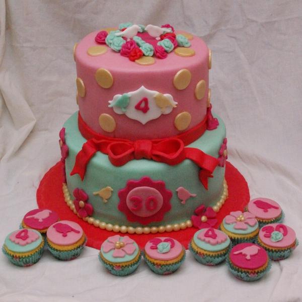 pip style taart en minicupcakes
