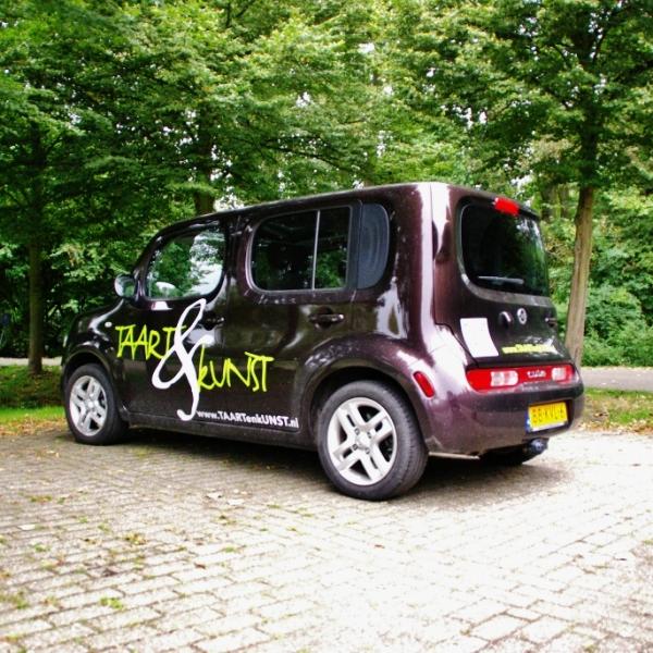 TAART & kUNST Letterfreak Nissan Cube