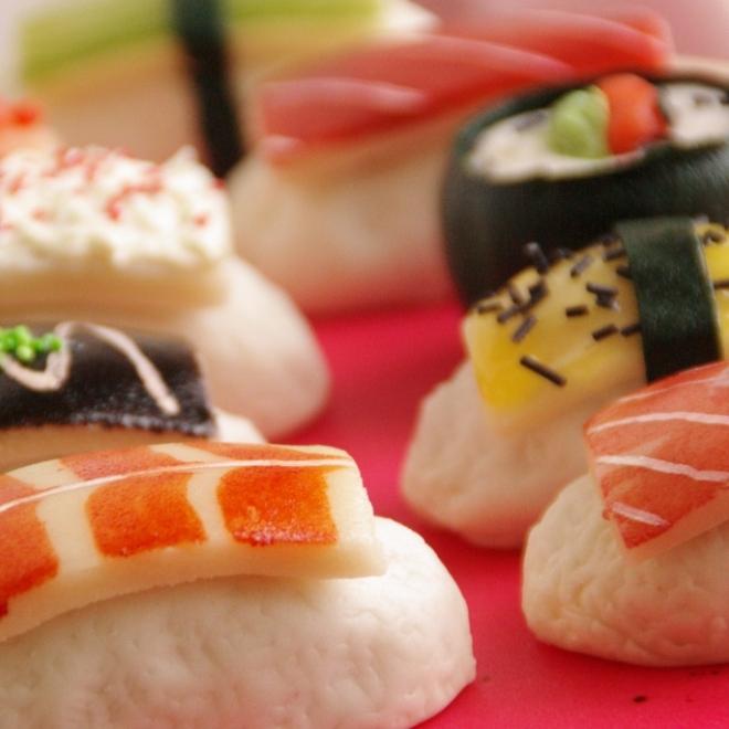 sushi taart cake cakepops