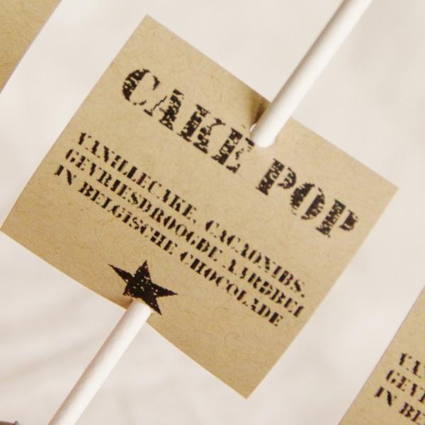 cakepops in callebaut chocolade