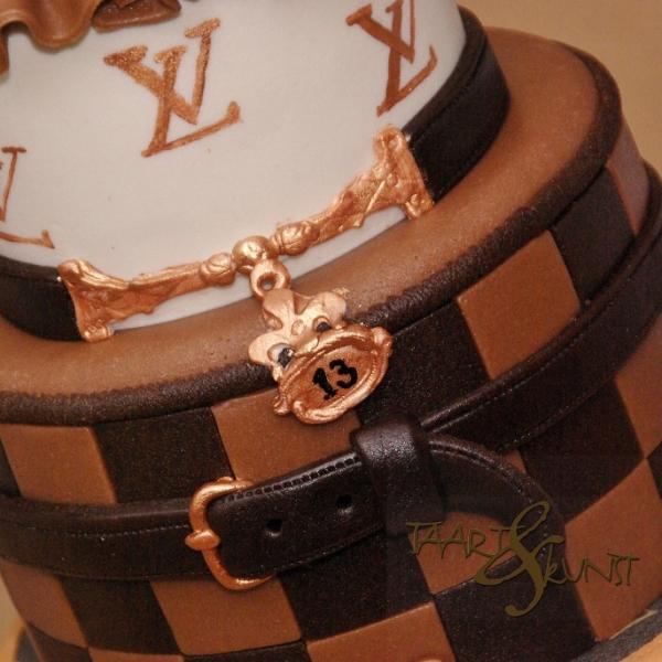 louis vuitton cake taart