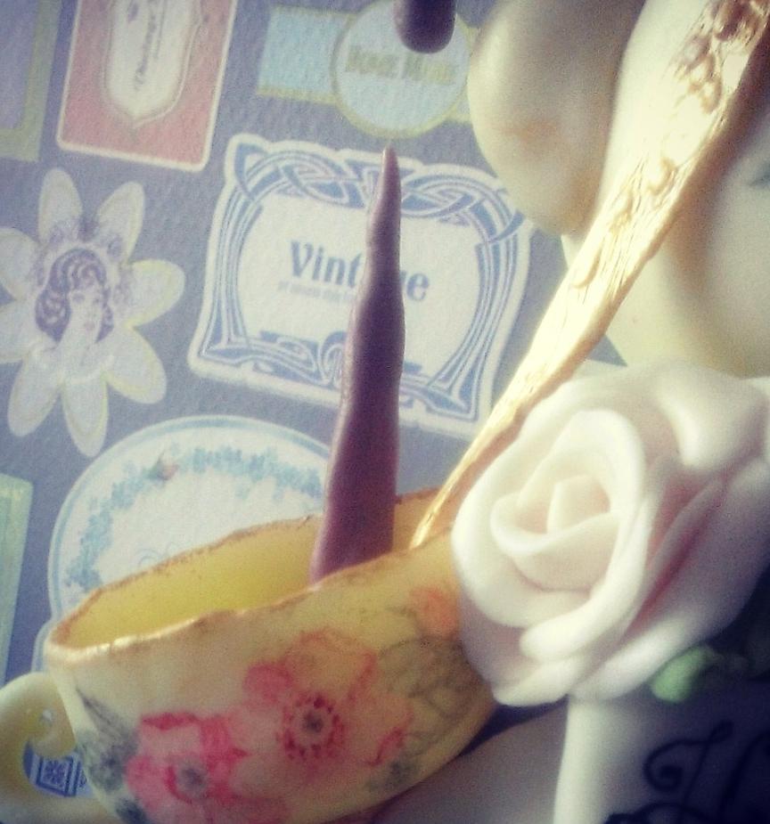 detail choccywoccydoodah inspired teapot cake